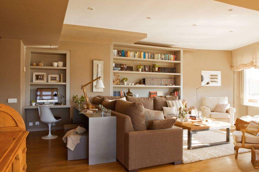 zona estudio tras el sofá